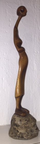 "Lucas SITHOLE LS7219 ""Pregnant"", 1972 - mahogany on liquid steel base - 59.5x14x14cm (side view)"