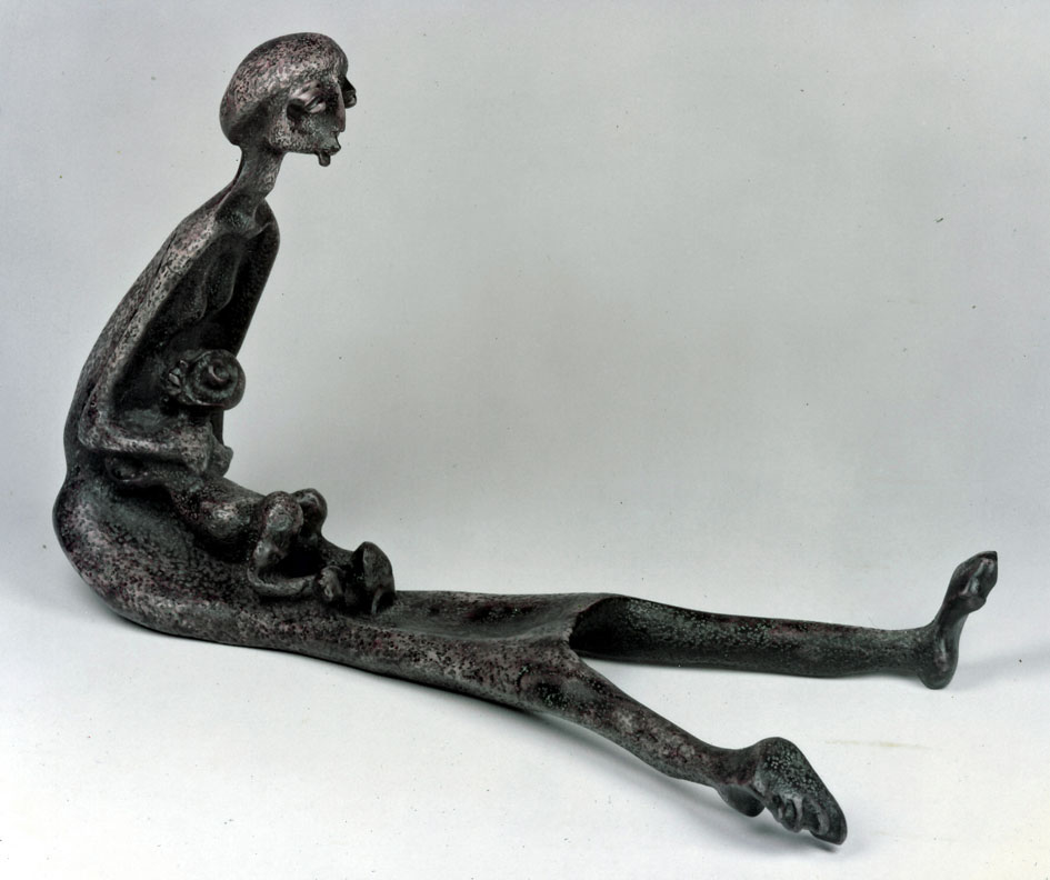 "LS8317 Lucas SITHOLE ""Don't worry, your Father will come ... (Uzobuya)"" 1983 Zulu indigenous wood 073x123x??? cm (img Stanley Eppel, Cape Town"